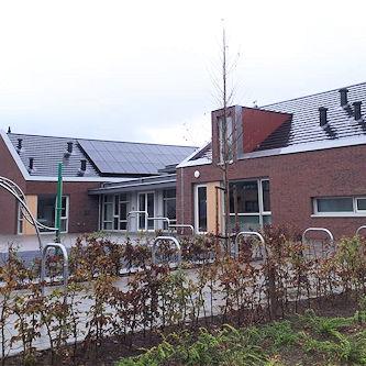 Basisschool met zonnepanelen