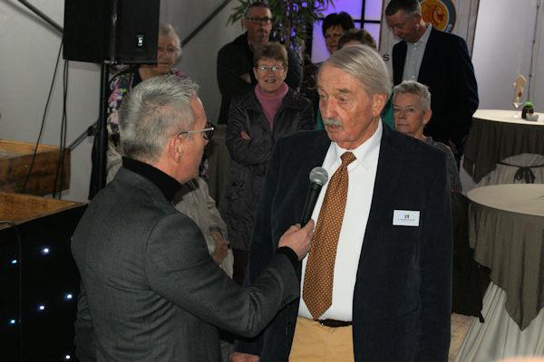 VvE-voorzitter Ton Baas (rechts) vertelt over de jarenlange aanloop naar deze dag...